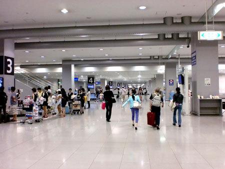 関西国際空港帰国
