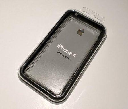 iPhone4アクセサリーを装着