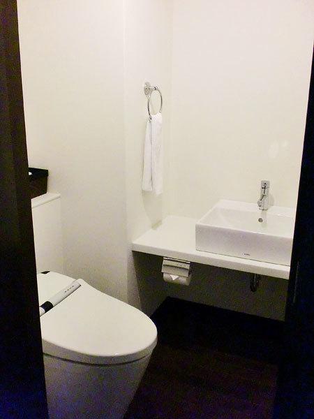ホテルうみんぴあ・特別和洋室・テラスは喫煙可能