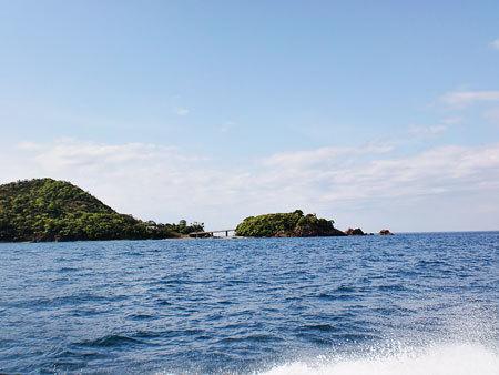 若狭湾をクルージング・赤磯崎:キャンプ場や海釣り公園