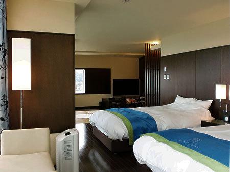 ホテルうみんぴあ・特別和洋室82.43平方メートル