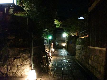 清水寺 夜の特別拝観 石塀小路