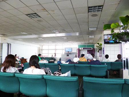 グアム国際空港  2階 デューティーフリー 写真
